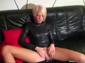 Blonde nympho in latex