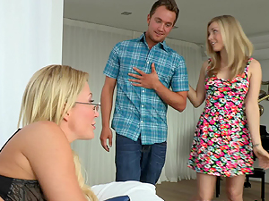 Karla Kush has always had a thinking for Mrs Best to please her sexually