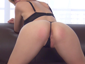 Scarlett Fever is happy to fuck at her casting