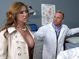 Eva Notty & Kianna Dior - Angry Milfs in the E.R.