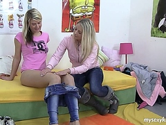 Blonde teen chicks pleasing twats