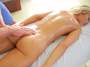 Oiled up Lola Reve is pussy plunged with cock