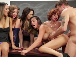 Squirting lessons from Veronica Avluv