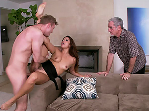 Smoking hot Latina wife Isabella Taylor