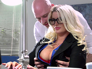 Julie Cash - On The Cock While On The Clock