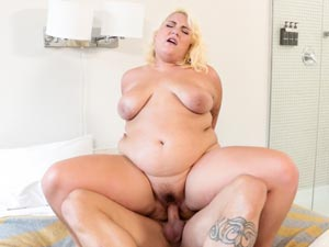 Jade Rose in Marshmallow Girls #02 - Scene 03