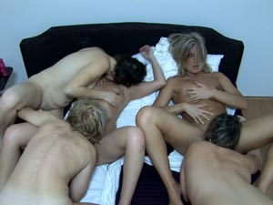 Hot group of amateur lesbian girls