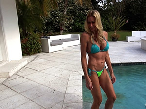 Ceira Roberts - Sexy ceira