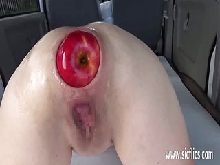 Extreme anal fisting and bizarre insertions amateur