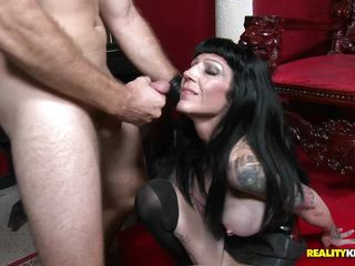 Kinky leathered up Freyja Van Siren treats Levi like a dog