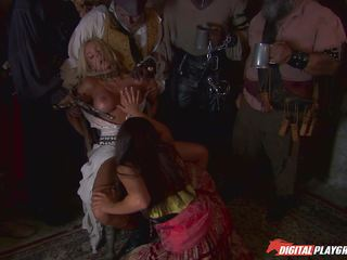 Pirates watch lesbians Jenaveve Jolie and Carmen Luvana mess with minge