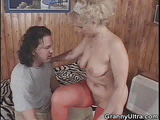 granny gets fingered