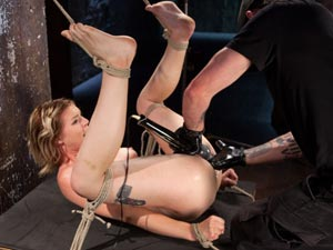 Maximum Capacity in Extreme Predicament Bondage
