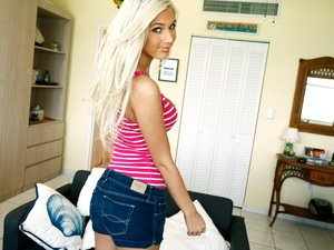 Super hot blonde Vicky Vee