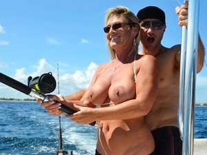 Fucking a MILF on the ocean