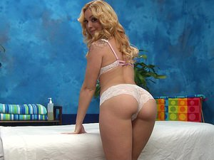 Sweet Lucy gives an awesome massage