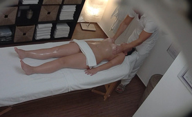 Big Ass Brunette Getting Best Massage Ever