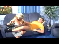 German housewife has fun