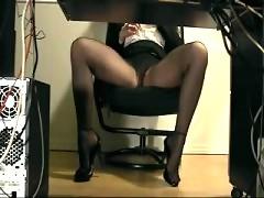 Secretary in pantyhose underdesk masturbation cam