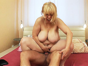 Mature busty wome get fucked