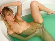 Bathtub and bedroom pussy touching
