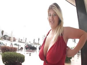 French chubby Aurelie fucked outdoors