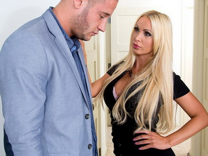 Nikki Benz - My Wife's Hot Friend