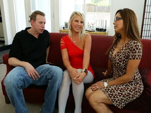 Francesca Le in a threesome with Kimmy Olsen