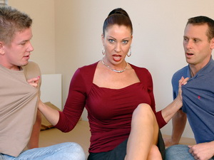 Vanessa Videl - My Friend's Hot Mom