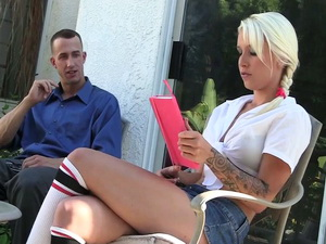 Stevie Shae gets horny for Chris Strokes