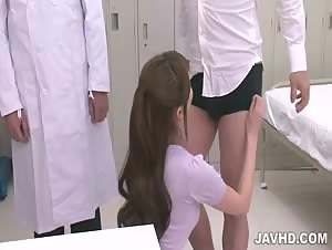 Sultry Nurse Akari Asagiri becomes head nurse in the lockerroom