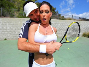 Tennis Titties