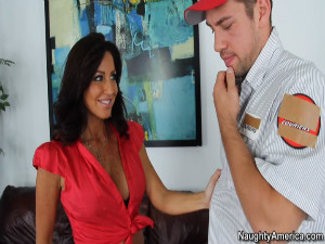 Tara Holiday - Seduced By A Cougar