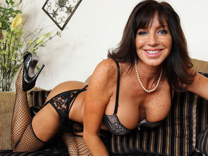 Tara Holiday - My Friends Hot Mom
