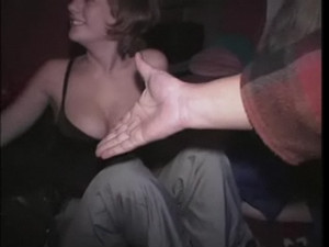Drunk sluts threesome jamming
