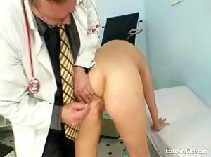 Alexa Bold kinky gyno pussy speculum examination